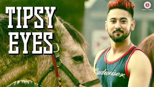 Vekh Ke Hasdi Lyrics by Ammy Virk from Manje Bistre