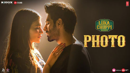 Photo Lyrics from Luka Chuppi
